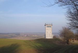 Grenzturm am 17.03.2015 mit Blick auf Diedorf